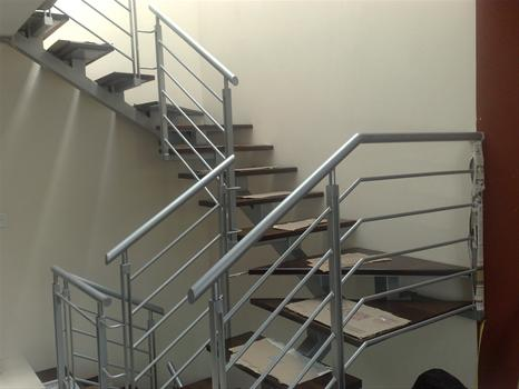 Industrial - Materiales para escaleras ...